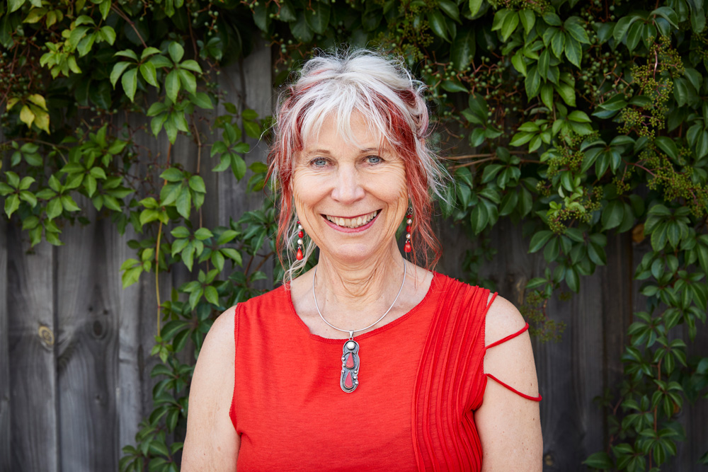 Poetry Readings & Discussion – Dr Robyn Rowland AO ...Dr Robyn Rowland